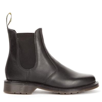 Fynda skor från Dr Martens online | scorettoutlet.se